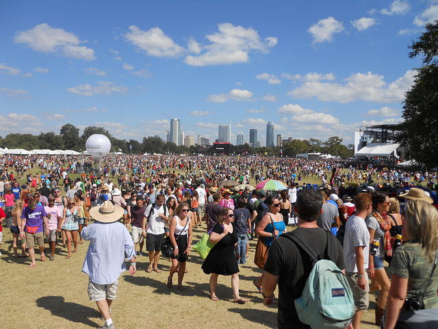 ACL Crowd